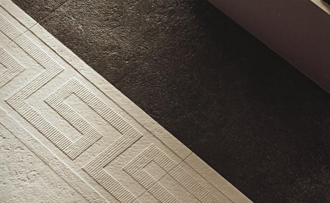 Versace Palace Stone Black 119606, White 119605